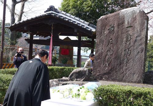 偉大なる先人に深謝 琵琶湖疏水工事殉職者慰霊